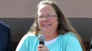 Kim Davis被囚五日後獲釋,感謝民眾支持(圖片:ABC新聞)